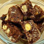 Σοκολάτα με Αποξηραμένα Φρούτα